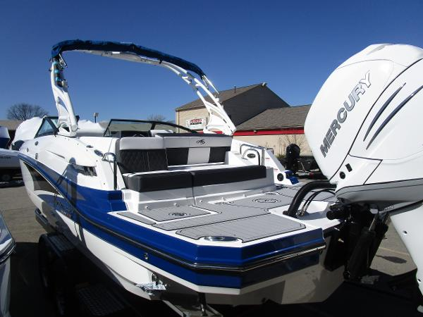 2021 Monterey boat for sale, model of the boat is M65 & Image # 6 of 21