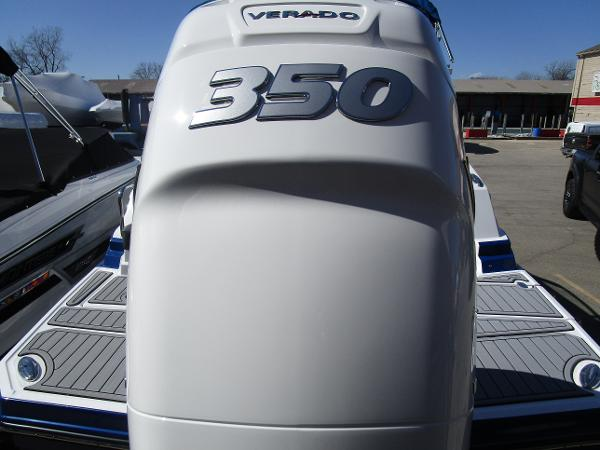2021 Monterey boat for sale, model of the boat is M65 & Image # 7 of 21