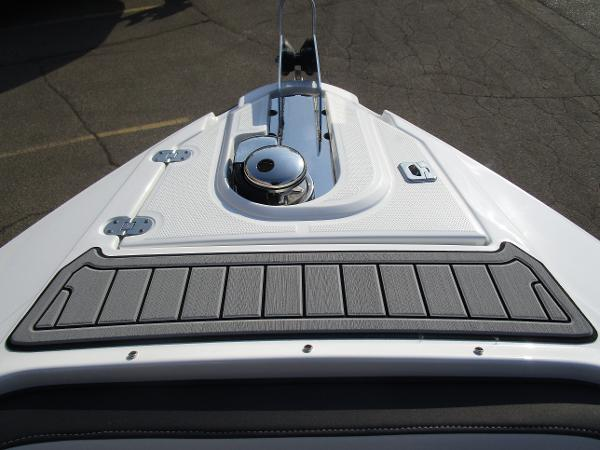2021 Monterey boat for sale, model of the boat is 298SS & Image # 35 of 41