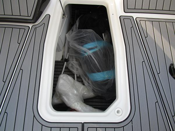 2021 Monterey boat for sale, model of the boat is 298SS & Image # 38 of 41