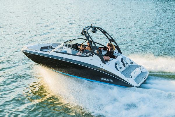 2022 Yamaha boat for sale, model of the boat is 212SD & Image # 7 of 8