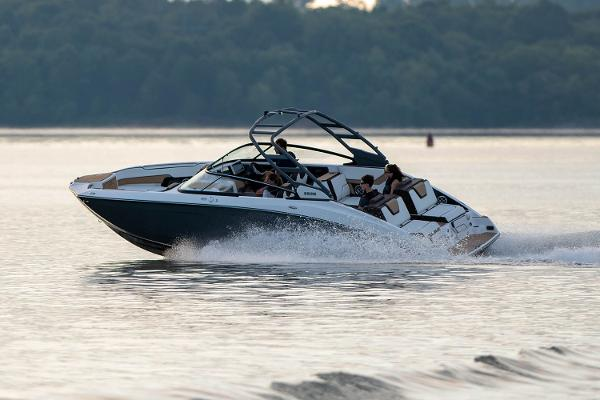 2022 Yamaha boat for sale, model of the boat is 252S & Image # 6 of 7