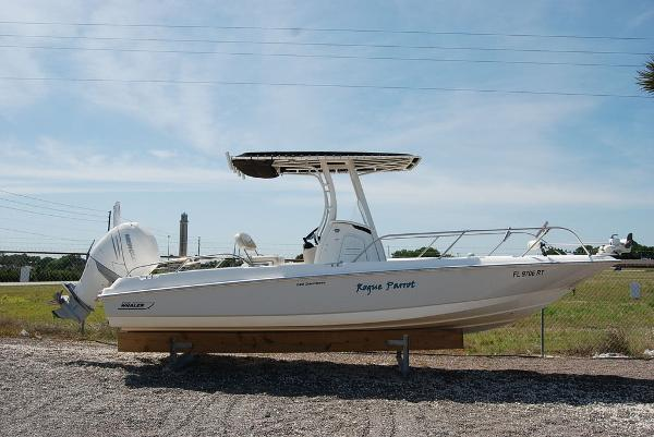 2018 BOSTON WHALER 240 DAUNTLESS for sale