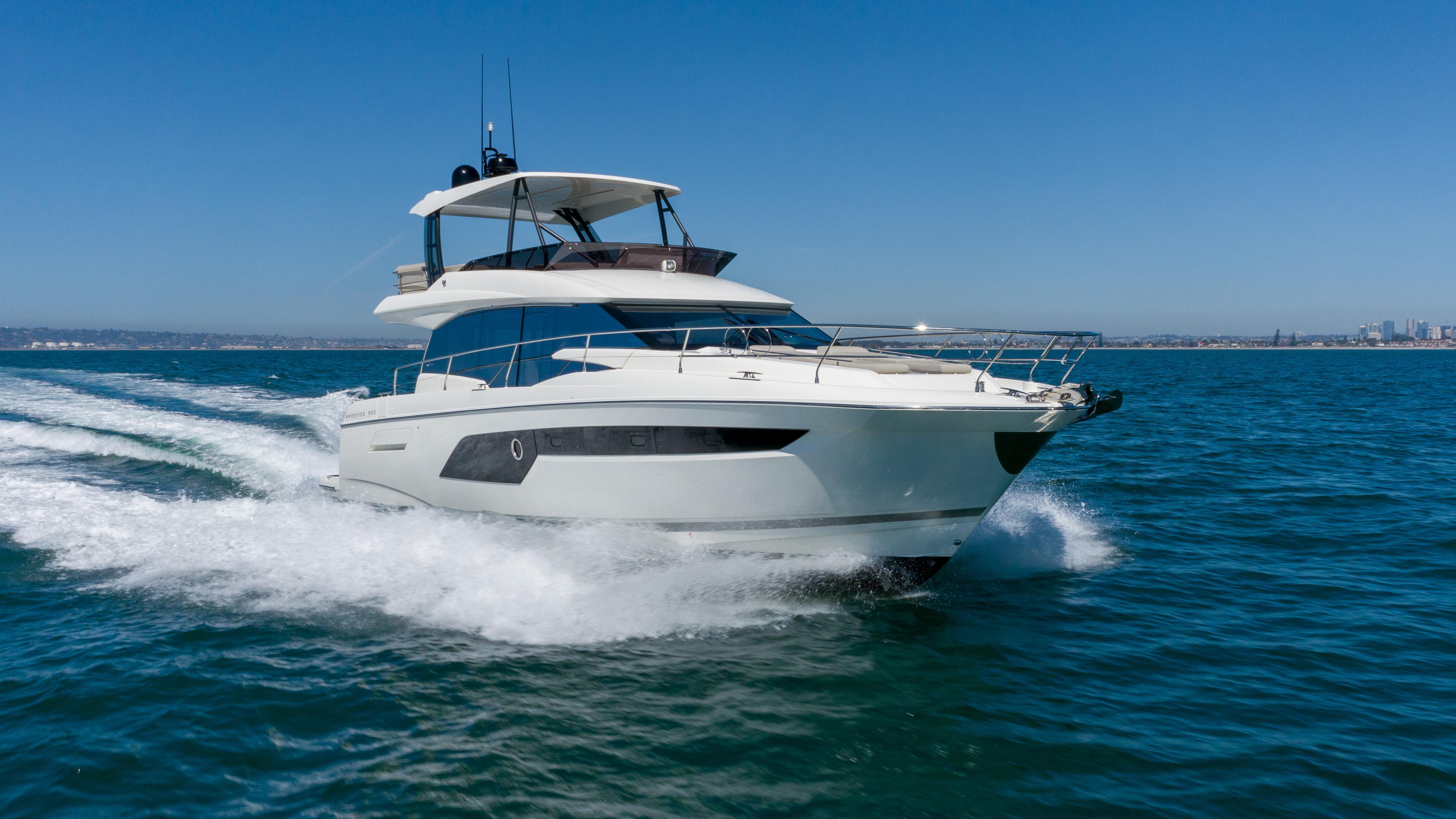 2020 Prestige 520 Fly w/ Seakeeper