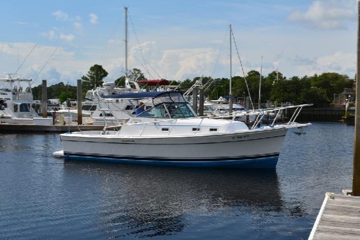 Mainship Pilot 30 - Profile