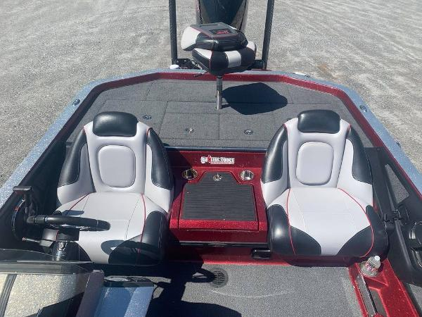 2018 Ranger Boats boat for sale, model of the boat is Z520C & Image # 6 of 9