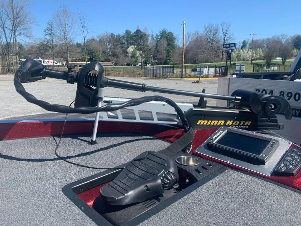 2018 Ranger Boats boat for sale, model of the boat is Z520C & Image # 7 of 9