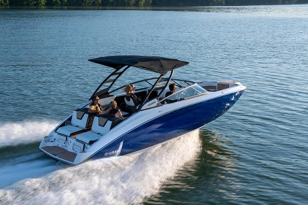 2022 Yamaha boat for sale, model of the boat is 252SD & Image # 7 of 8