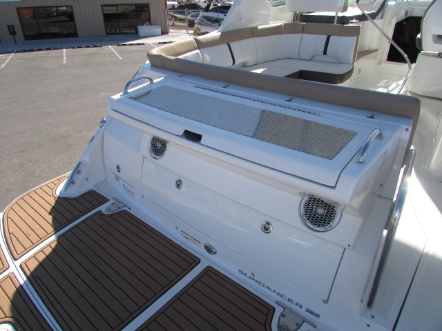2017 Sea Ray boat for sale, model of the boat is 350 Sundancer & Image # 40 of 50