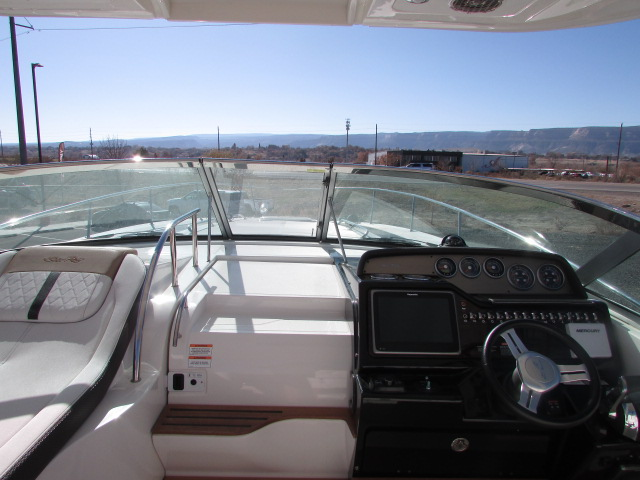 2017 Sea Ray boat for sale, model of the boat is 350 Sundancer & Image # 46 of 50
