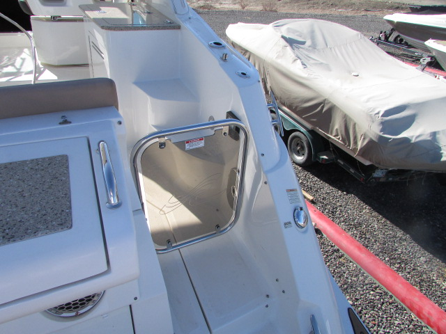 2017 Sea Ray boat for sale, model of the boat is 350 Sundancer & Image # 41 of 50