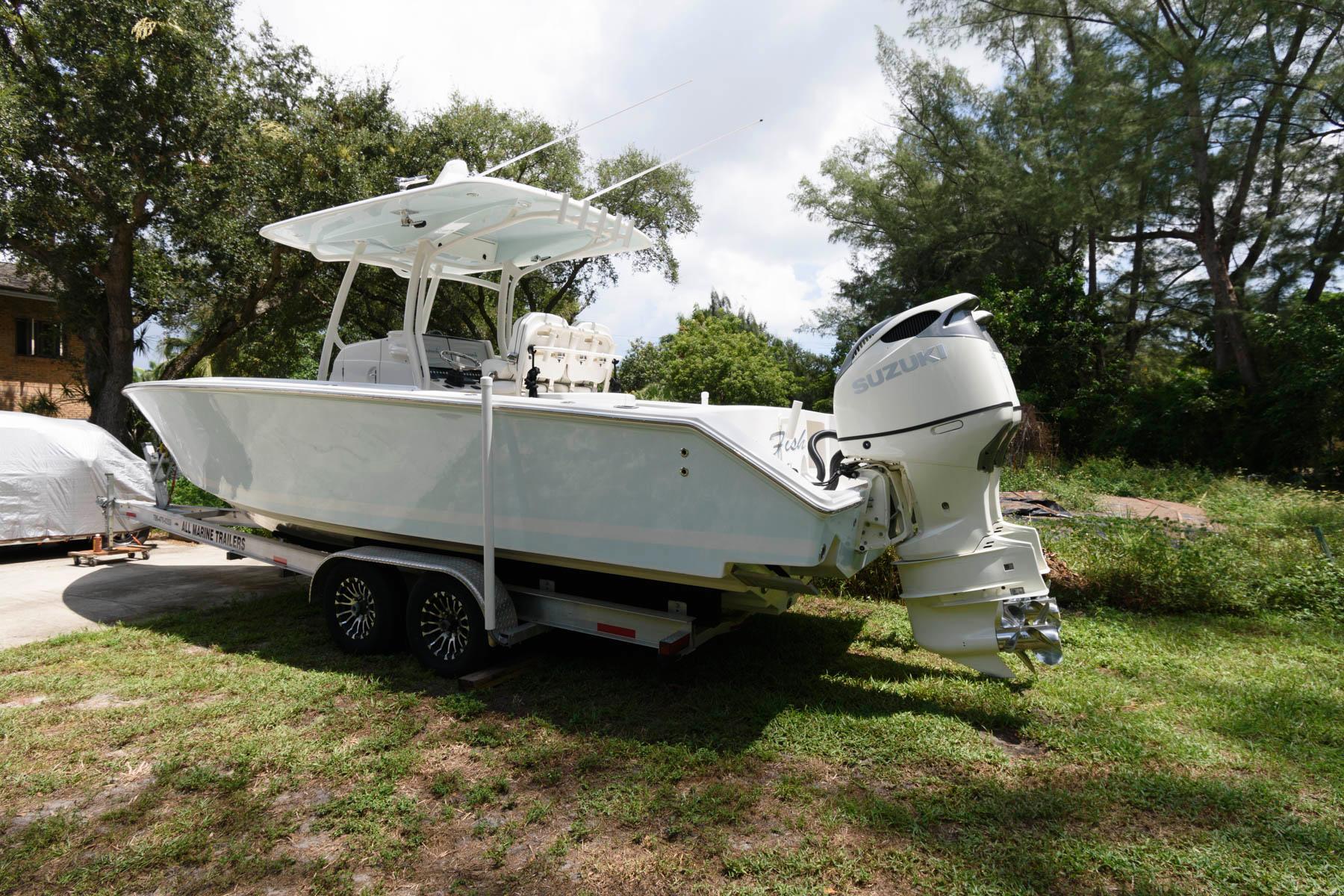 F 6465 CE Knot 10 Yacht Sales