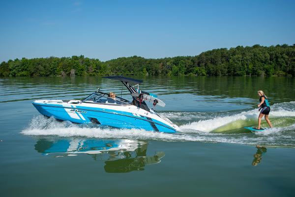 2022 Yamaha boat for sale, model of the boat is 212XE & Image # 7 of 8