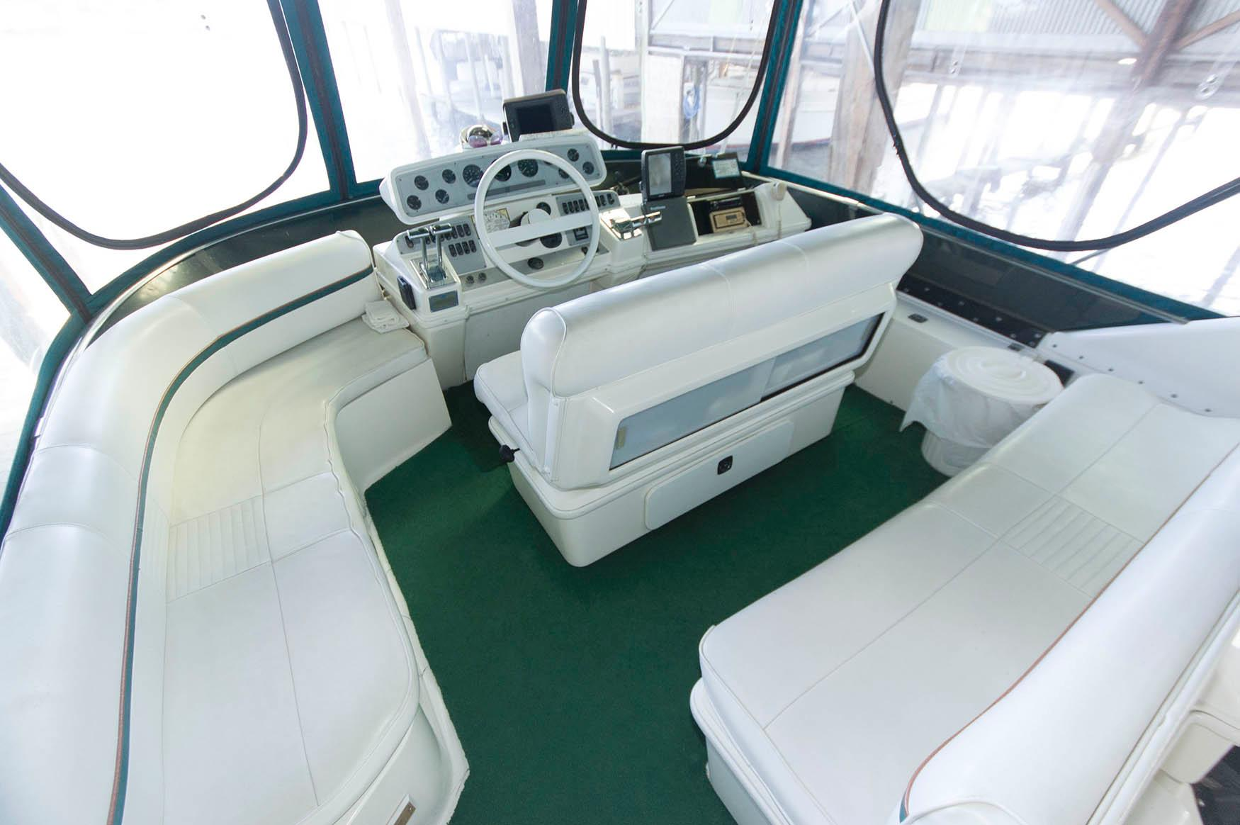 M 5664 JP Knot 10 Yacht Sales