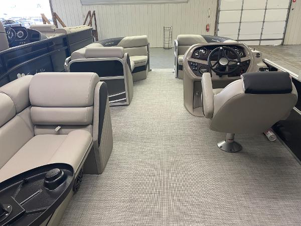 2021 South Bay boat for sale, model of the boat is 224CR LE 25 & Image # 6 of 11