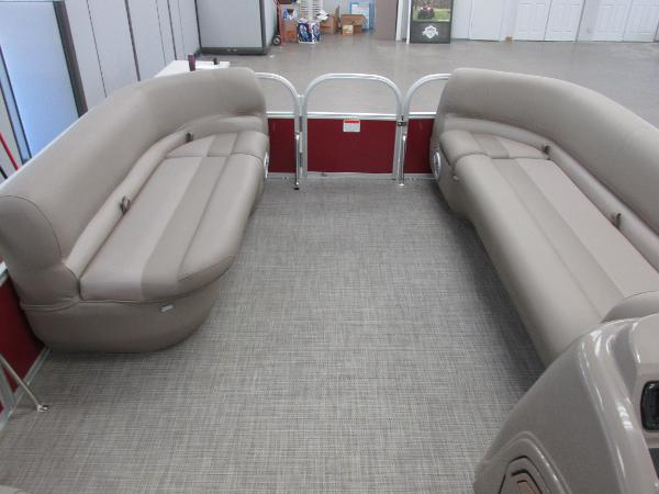 2021 Ranger Boats boat for sale, model of the boat is 200 Cruise & Image # 3 of 16