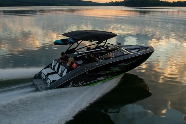 2022 Yamaha boat for sale, model of the boat is 255XD & Image # 9 of 10