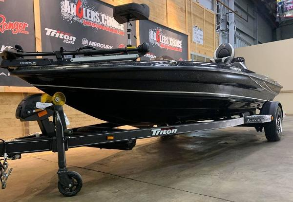 2021 Triton boat for sale, model of the boat is 179 TRX & Image # 11 of 18