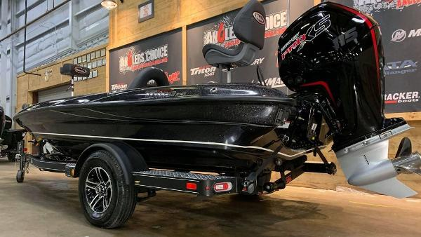2021 Triton boat for sale, model of the boat is 179 TRX & Image # 13 of 18