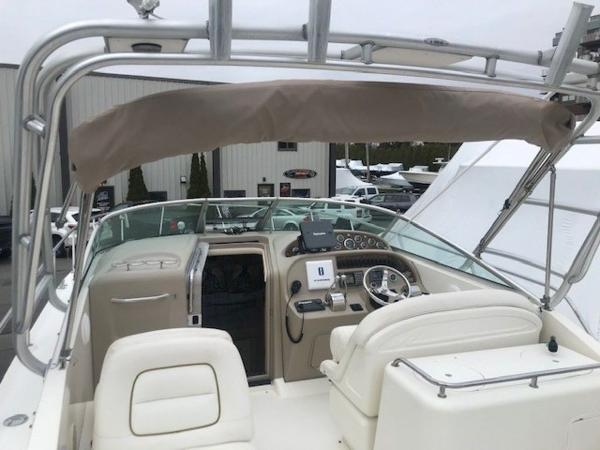2000 Sea Ray boat for sale, model of the boat is 29' Amberjack & Image # 15 of 22