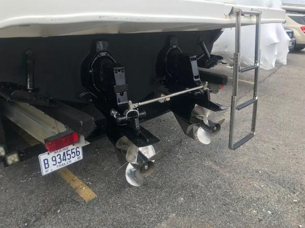 2000 Sea Ray boat for sale, model of the boat is 29' Amberjack & Image # 18 of 22