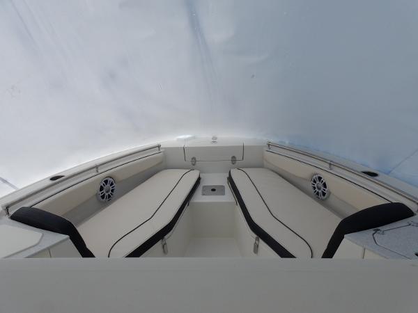2021 Stingray 216CC