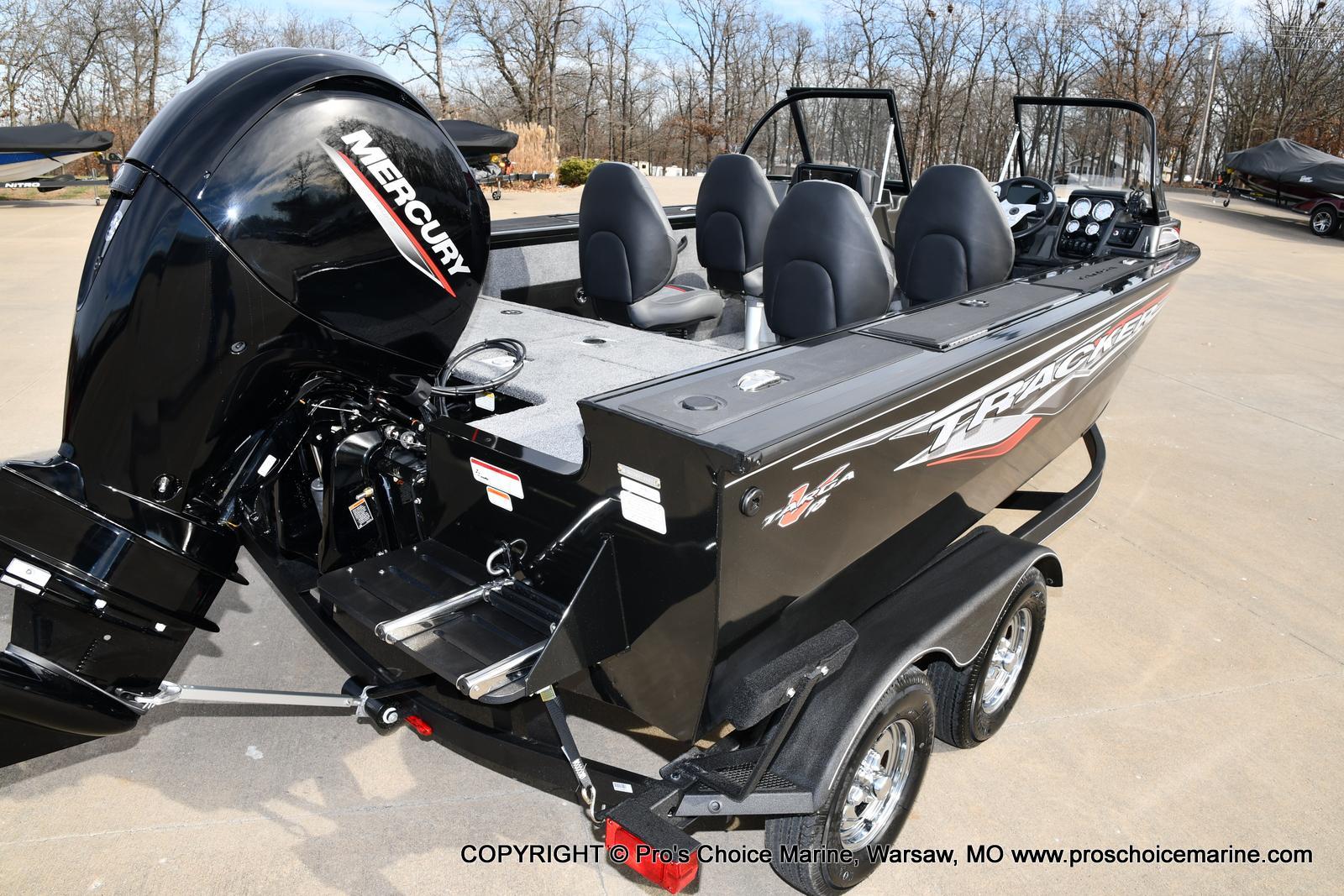 2022 Tracker Boats boat for sale, model of the boat is TARGA V-18 WT w/150HP 4 Stroke & Image # 3 of 50