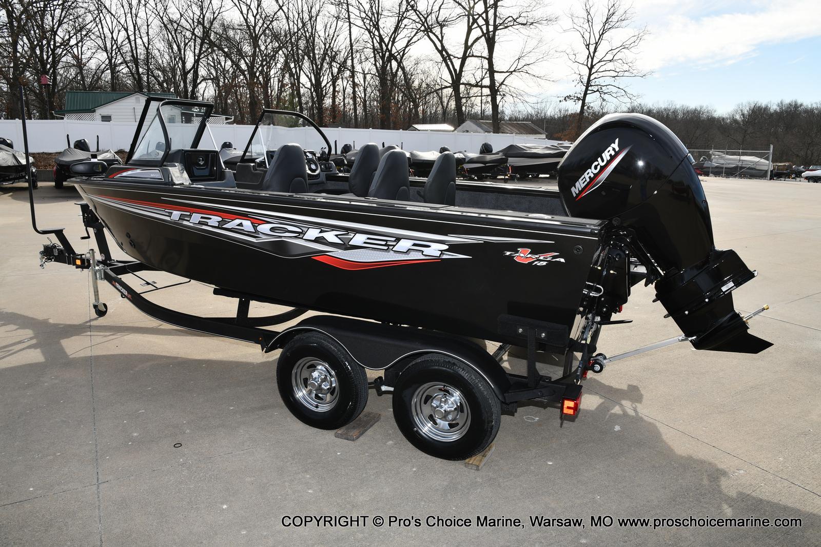 2022 Tracker Boats boat for sale, model of the boat is TARGA V-18 WT w/150HP 4 Stroke & Image # 30 of 50