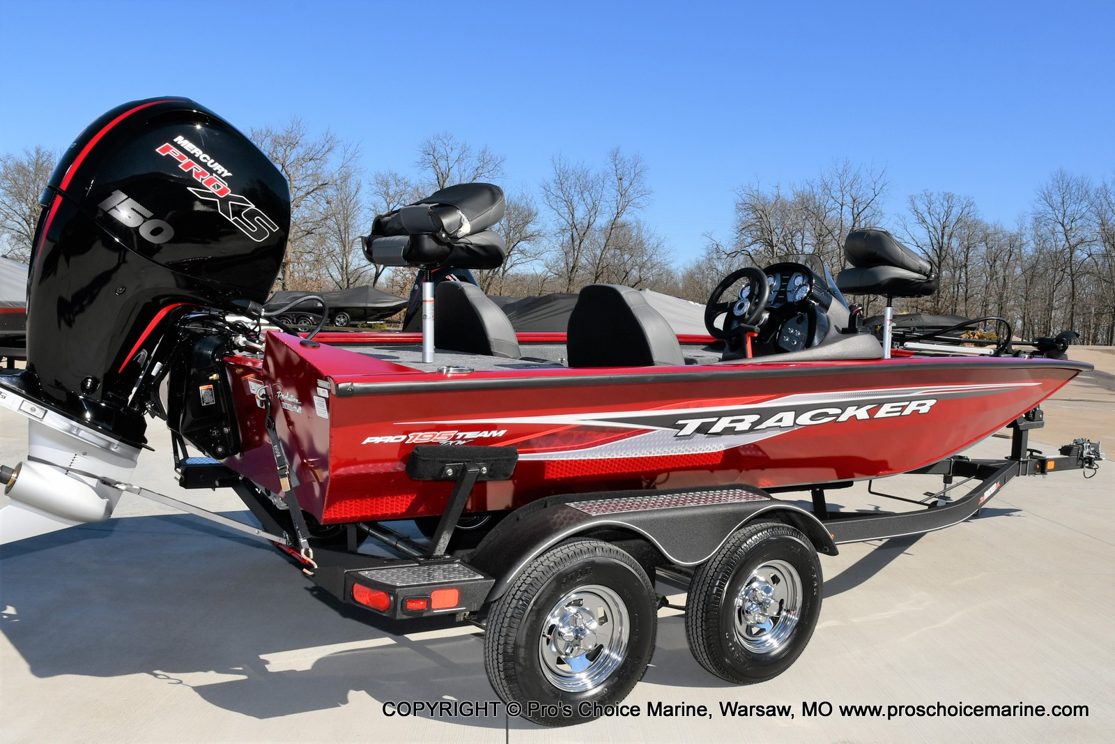 2022 Tracker Boats boat for sale, model of the boat is PRO TEAM 195 TXW w/150HP Pro-XS & Image # 2 of 50