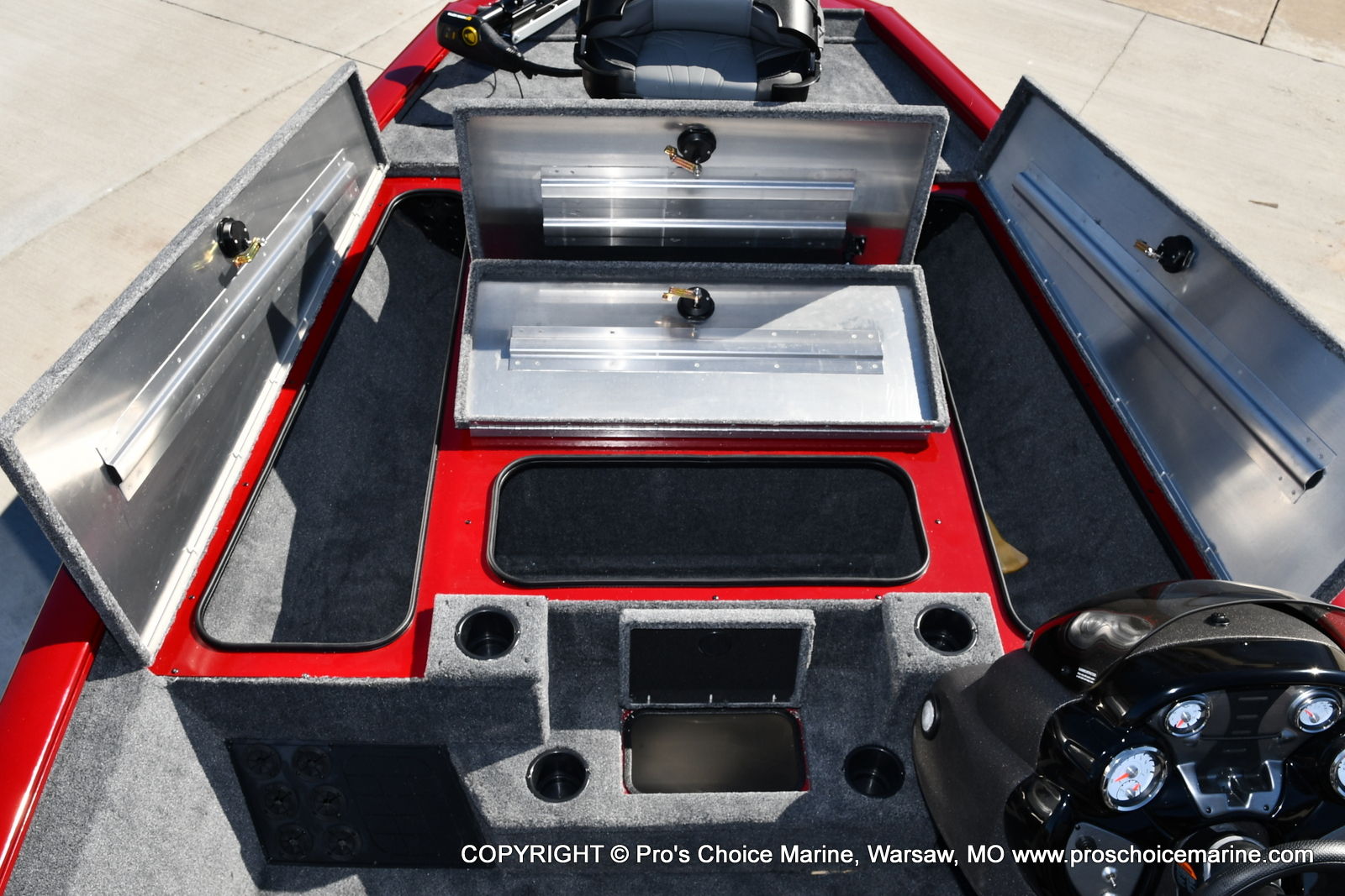 2022 Tracker Boats boat for sale, model of the boat is PRO TEAM 195 TXW w/150HP Pro-XS & Image # 25 of 50