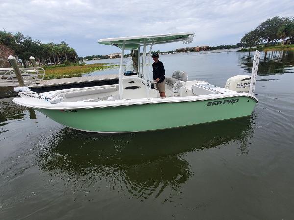 2018 Sea Pro 219 Deep V