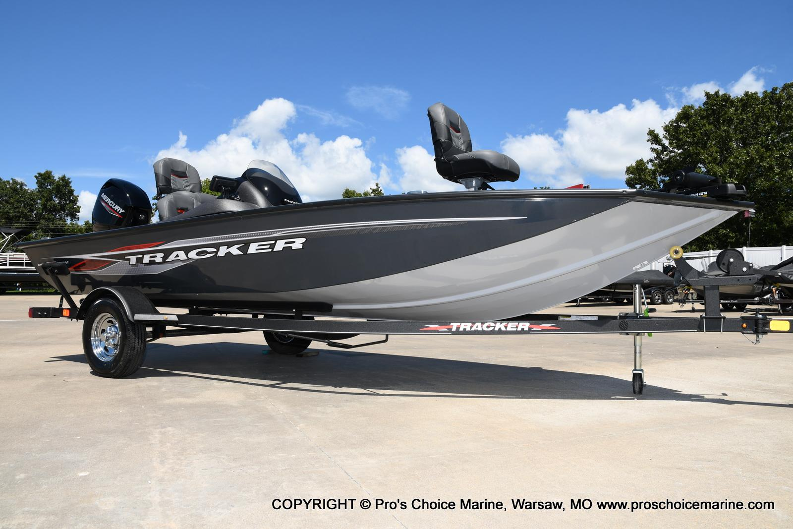 2022 Tracker Boats boat for sale, model of the boat is PRO TEAM 175 TF w/60HP Mercury 4 Stroke & Image # 13 of 50