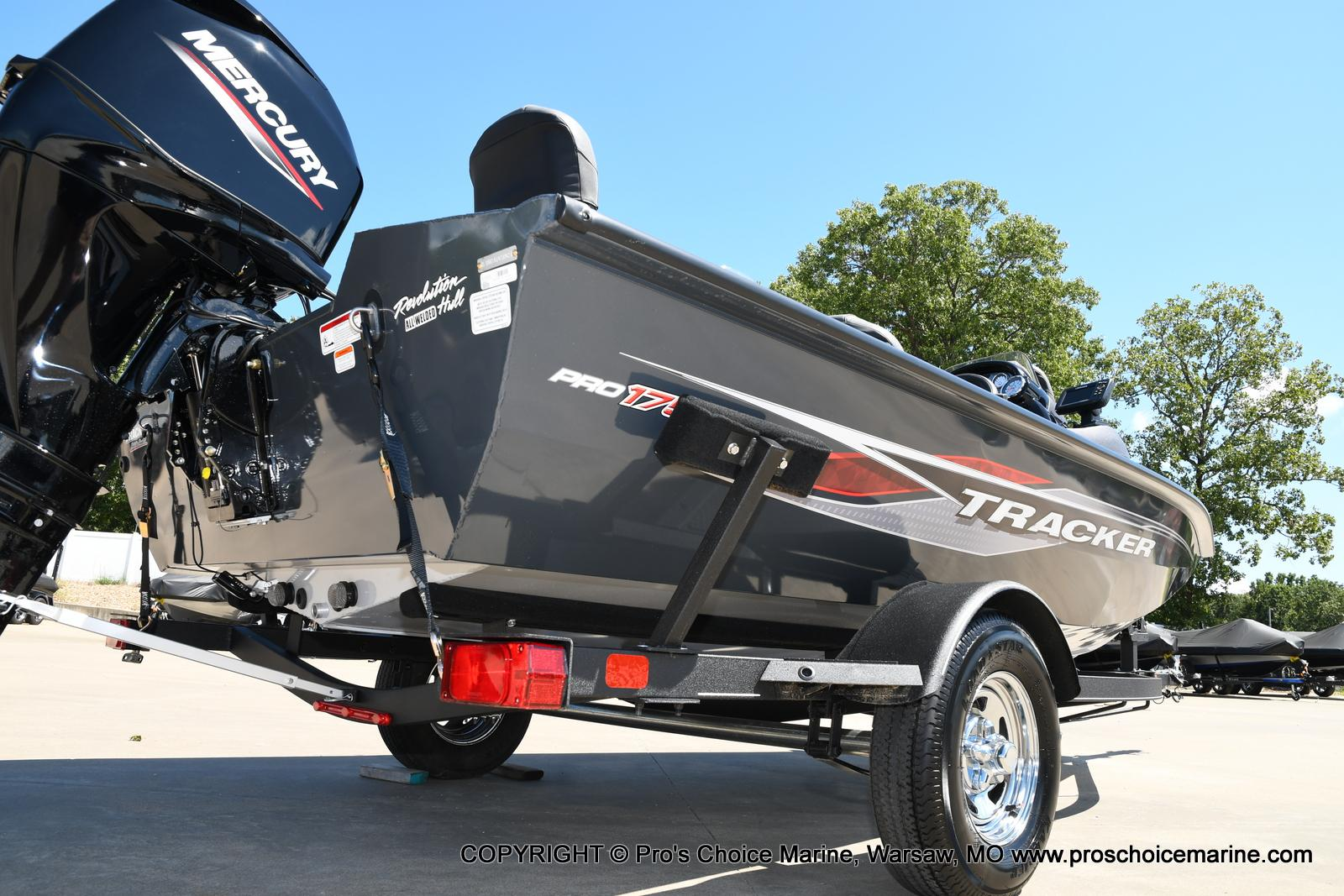 2022 Tracker Boats boat for sale, model of the boat is PRO TEAM 175 TF w/60HP Mercury 4 Stroke & Image # 2 of 50