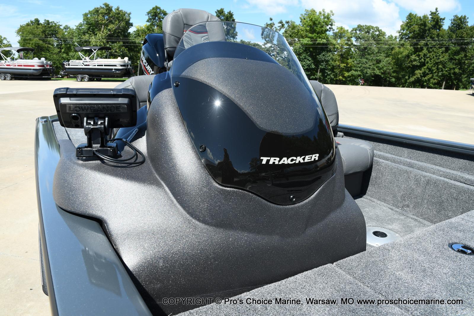 2022 Tracker Boats boat for sale, model of the boat is PRO TEAM 175 TF w/60HP Mercury 4 Stroke & Image # 17 of 50