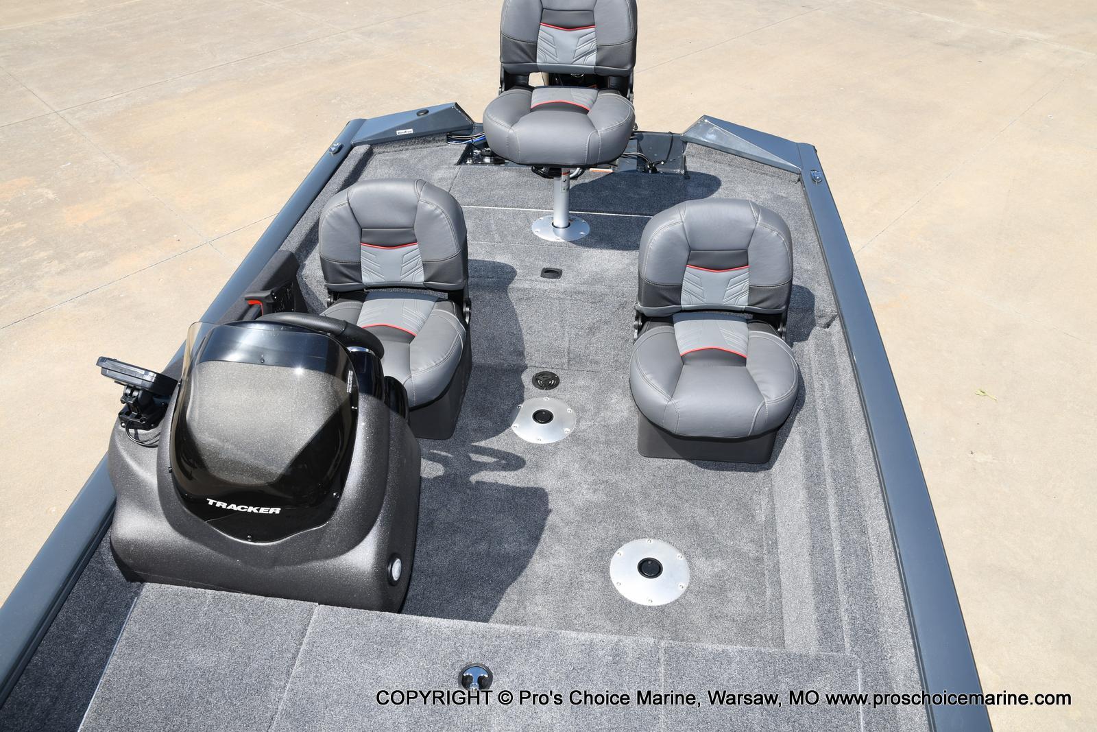 2022 Tracker Boats boat for sale, model of the boat is PRO TEAM 175 TF w/60HP Mercury 4 Stroke & Image # 20 of 50