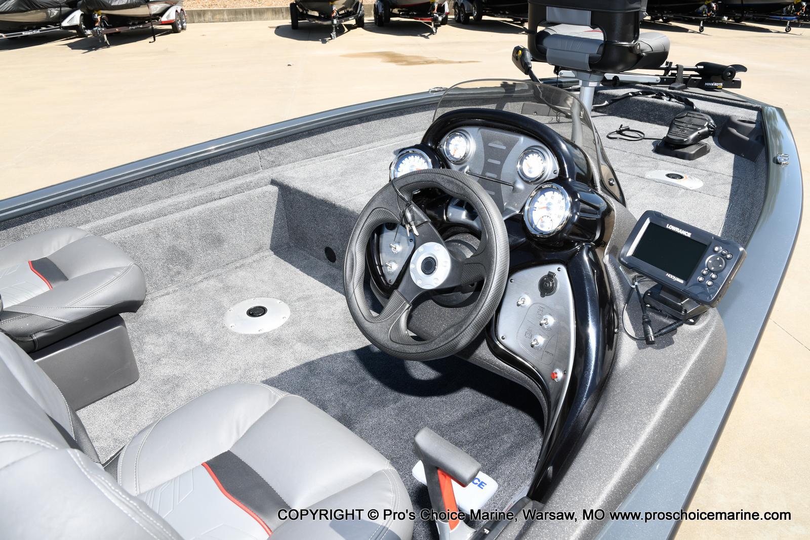 2022 Tracker Boats boat for sale, model of the boat is PRO TEAM 175 TF w/60HP Mercury 4 Stroke & Image # 38 of 50