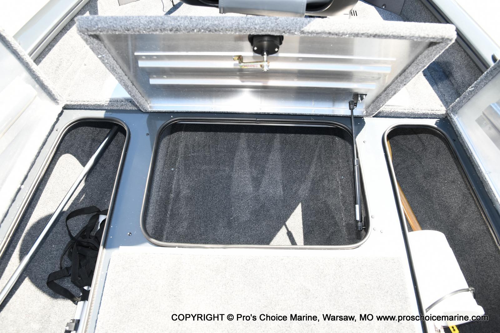 2022 Tracker Boats boat for sale, model of the boat is PRO TEAM 175 TF w/60HP Mercury 4 Stroke & Image # 45 of 50