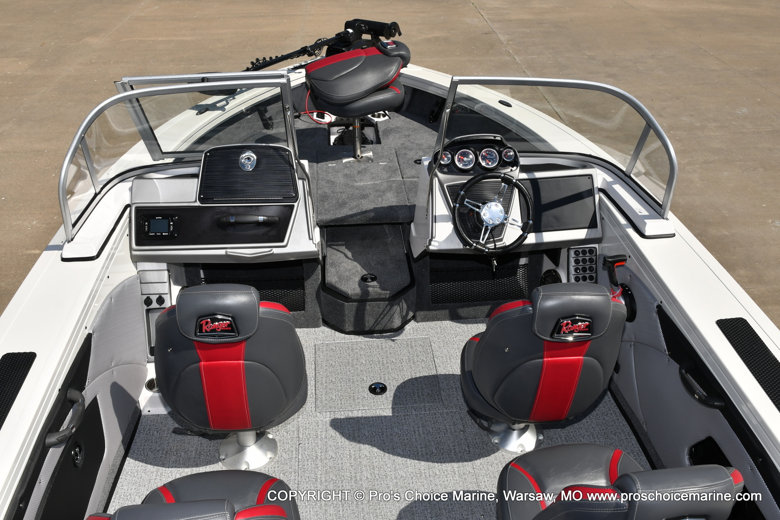 2021 Ranger Boats boat for sale, model of the boat is VX1888 WT w/225HP Mercury 4 Stroke & Image # 19 of 50
