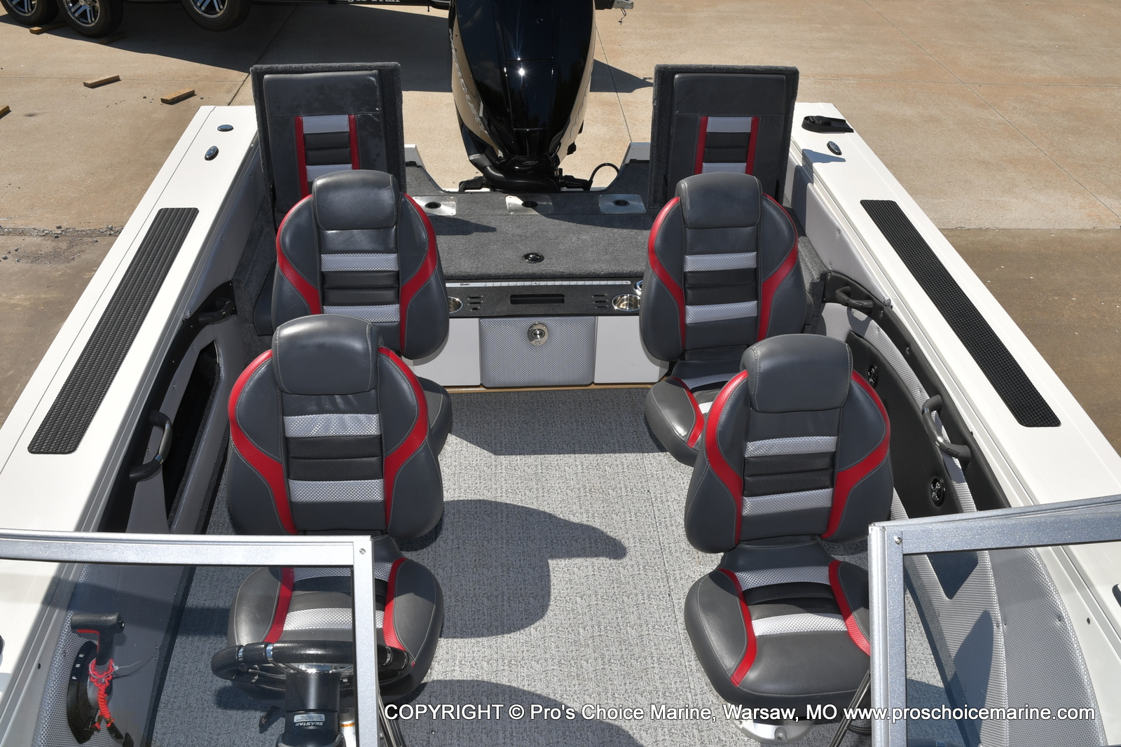 2021 Ranger Boats boat for sale, model of the boat is VX1888 WT w/225HP Mercury 4 Stroke & Image # 8 of 50