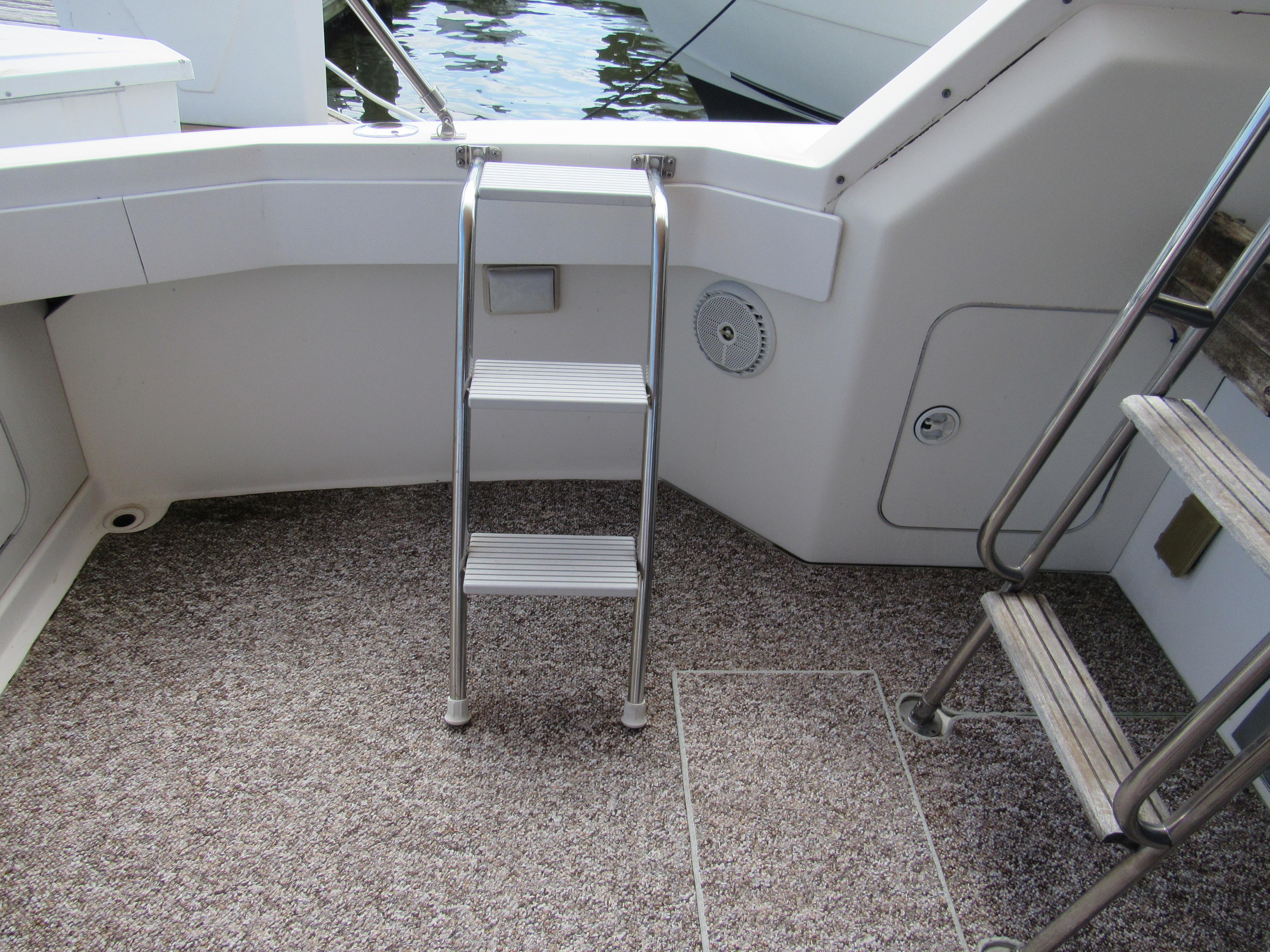 Cockpit Deck and Bridge Ladders