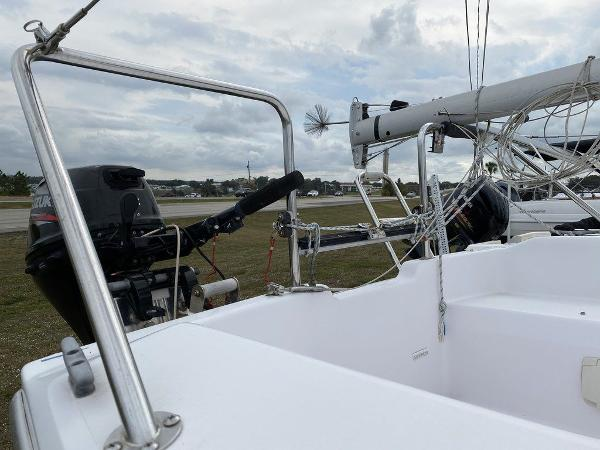 2016 Catalina Yachts boat for sale, model of the boat is 22 & Image # 6 of 8