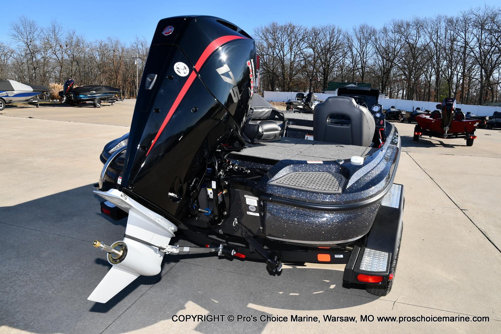 2021 Nitro boat for sale, model of the boat is Z18 w/175HP Mercury Pro-XS & Image # 49 of 50