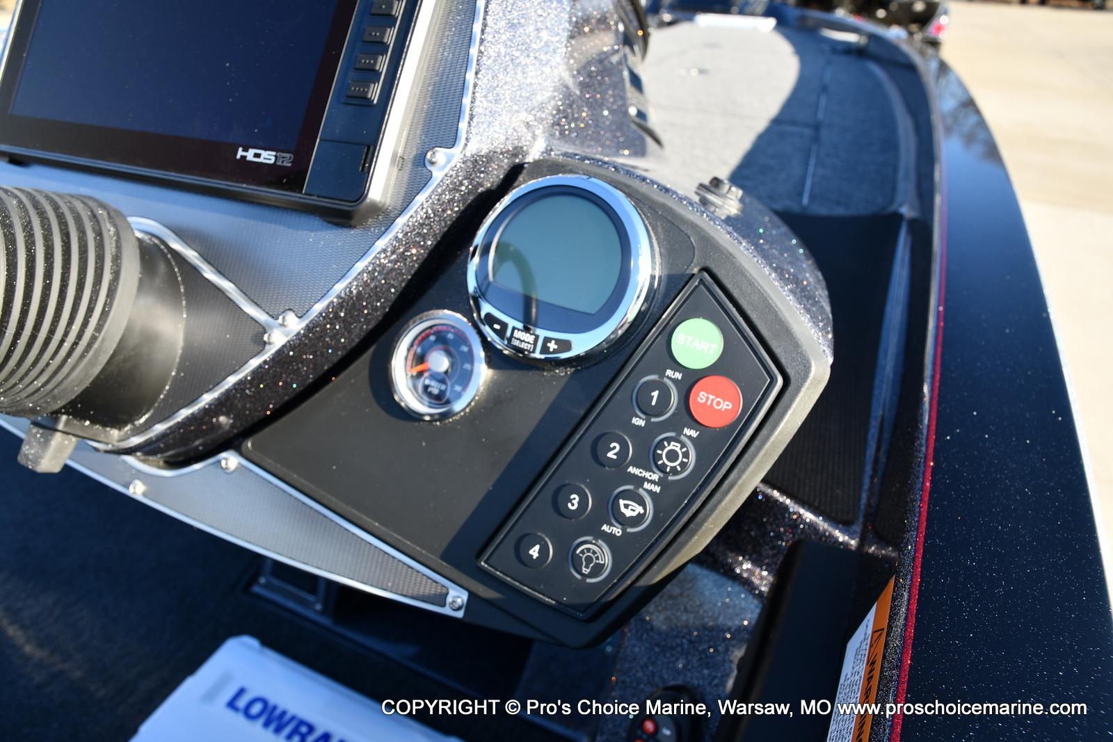 2021 Ranger Boats boat for sale, model of the boat is Z520C Ranger Cup Equipped & Image # 9 of 50