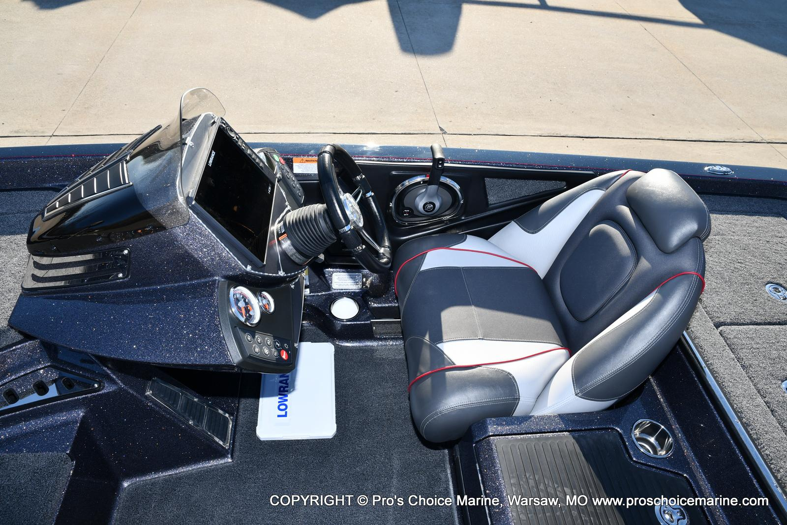 2021 Ranger Boats boat for sale, model of the boat is Z520C Ranger Cup Equipped & Image # 47 of 50