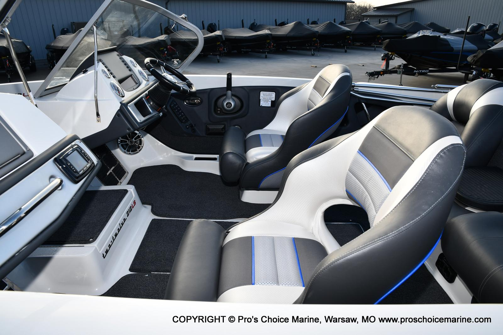 2021 Ranger Boats boat for sale, model of the boat is 212LS w/250HP Mercury Pro-XS & Image # 19 of 50
