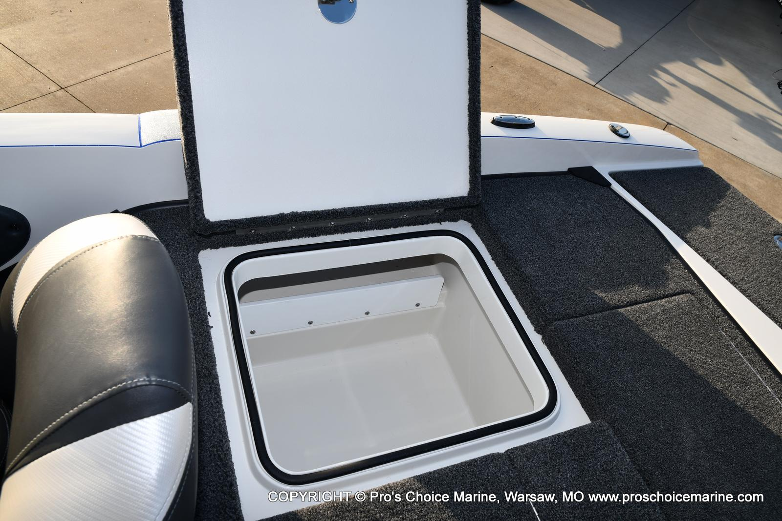 2021 Ranger Boats boat for sale, model of the boat is 212LS w/250HP Mercury Pro-XS & Image # 49 of 50