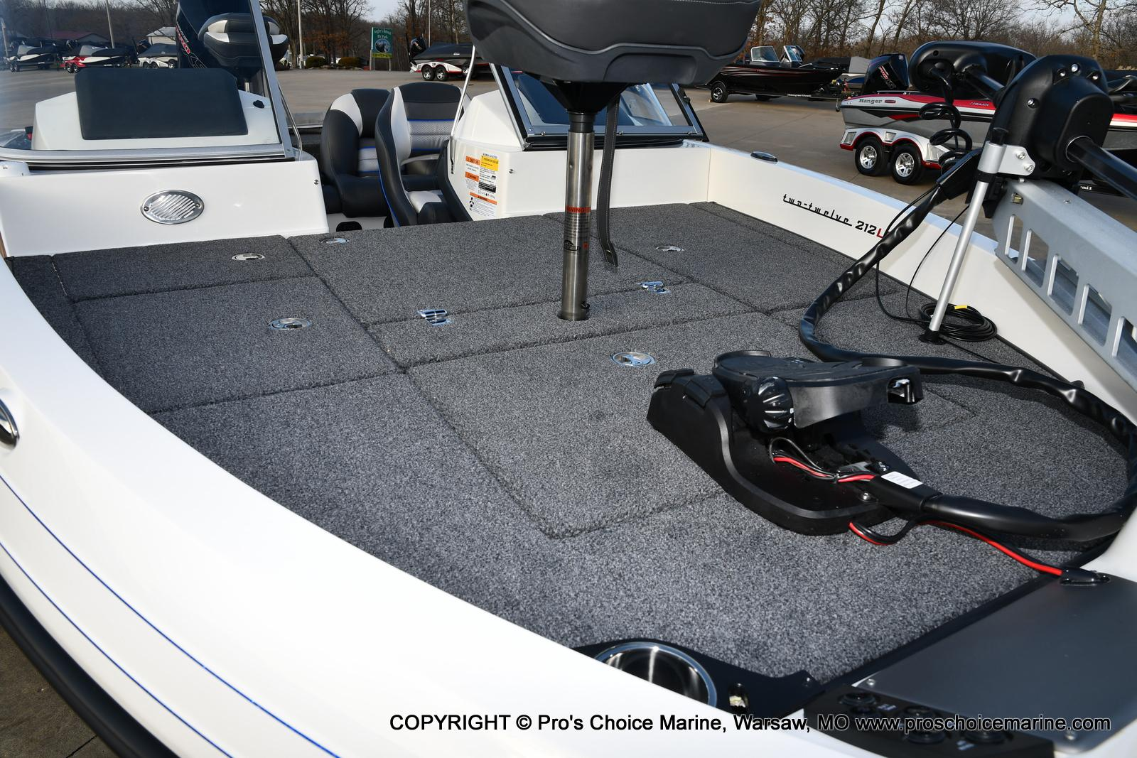 2021 Ranger Boats boat for sale, model of the boat is 212LS w/250HP Mercury Pro-XS & Image # 9 of 50