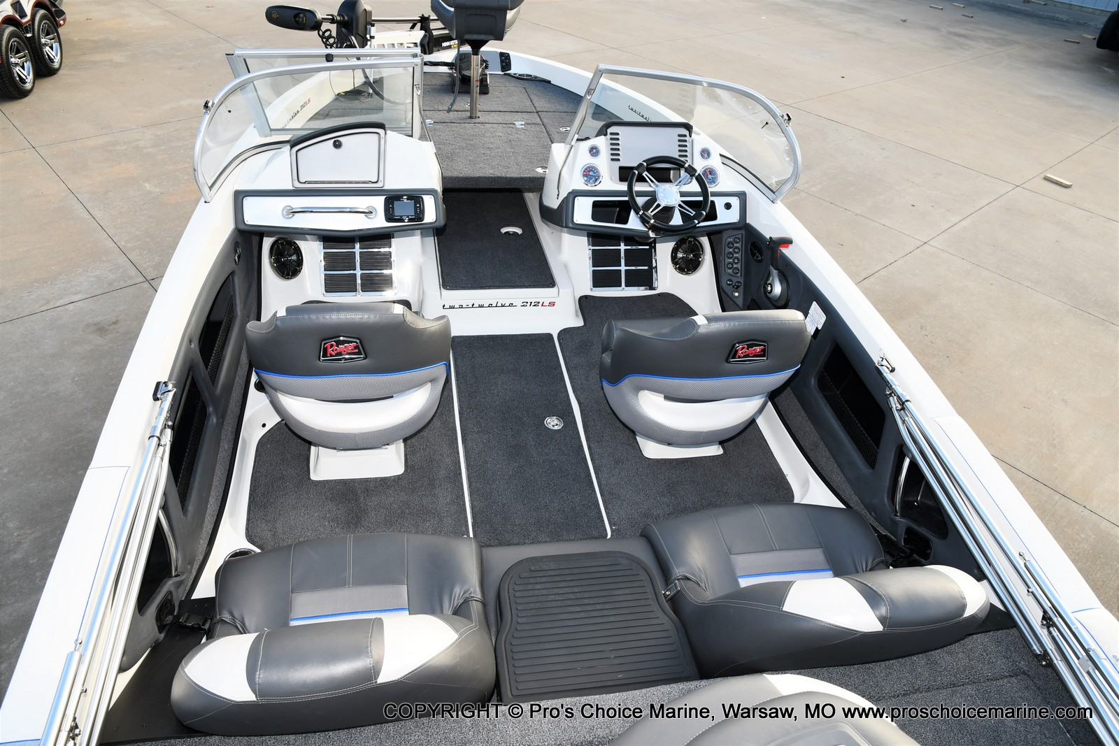 2021 Ranger Boats boat for sale, model of the boat is 212LS w/250HP Mercury Pro-XS & Image # 11 of 50