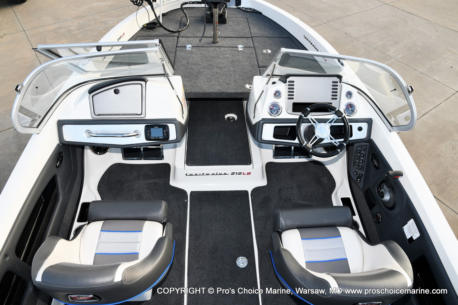 2021 Ranger Boats boat for sale, model of the boat is 212LS w/250HP Mercury Pro-XS & Image # 12 of 50