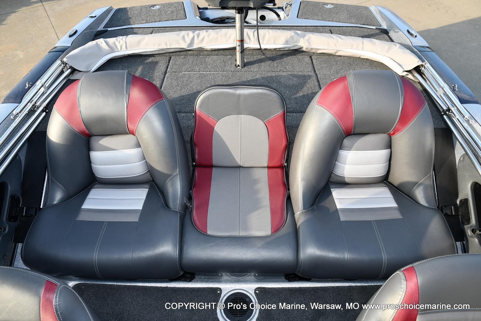 2021 Ranger Boats boat for sale, model of the boat is 212LS w/250HP Mercury Pro-XS & Image # 32 of 50